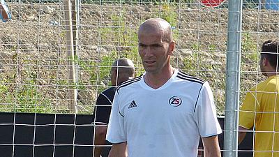 Real Madrid : Zinédine Zidane accueilli en triomphe