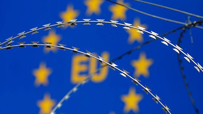 بولندا تتبع المجر و تجري بعض التعديلات الدستورية.