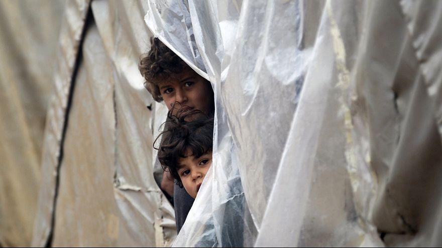 Suriye'deki mültecilerin kar çilesi