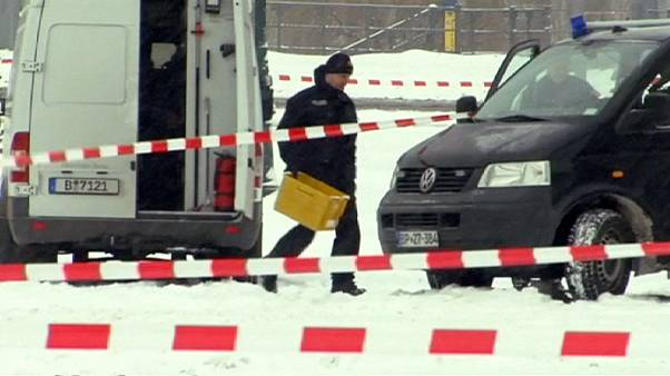 German Chancellery cordoned off amid security fears