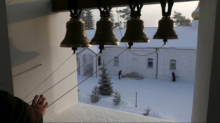 Católicos celebram Dia de Reis, ortodoxos festejam Natal