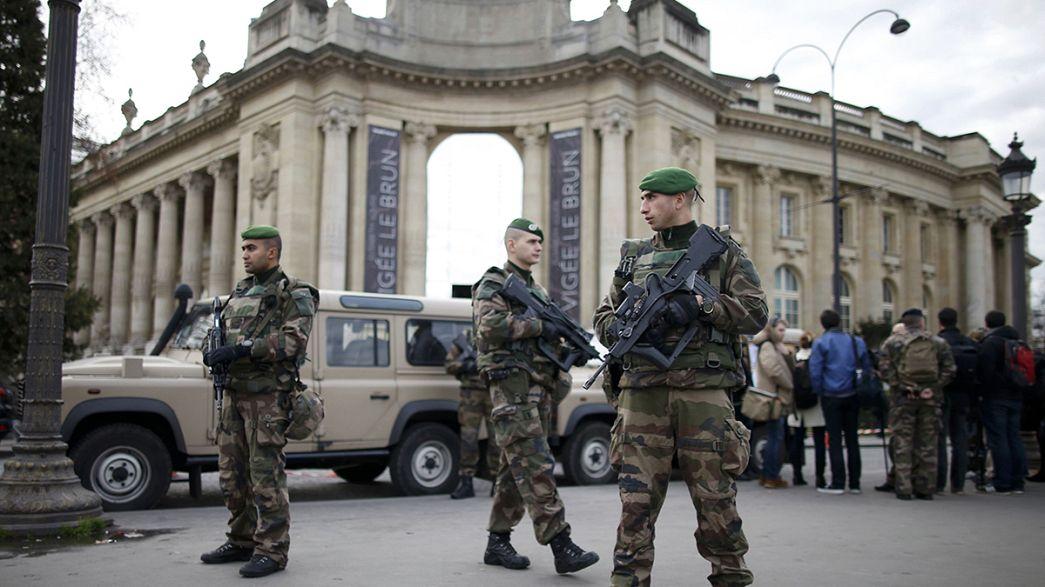 Belgische Medien: Ermittler sollen Drahtziehern der Pariser Anschlagsserie auf der Spur sein