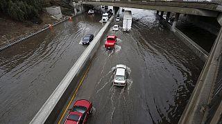 California, effetti El Niño per il secondo giorno: San Diego sott'acqua