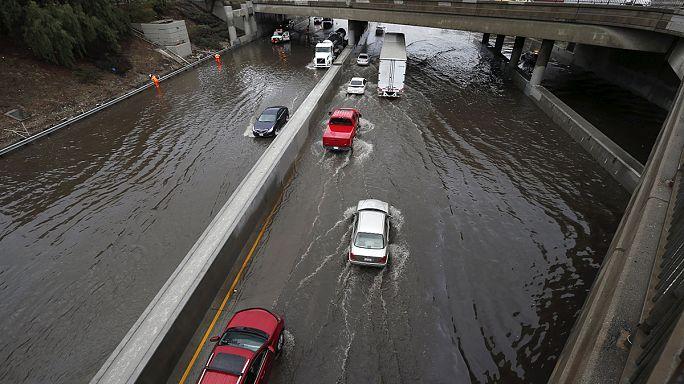 Regen und Überschwemmungen im äußersten Süden Kaliforniens
