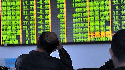 Borsa, contrattazioni sospese in Cina per eccesso di ribasso