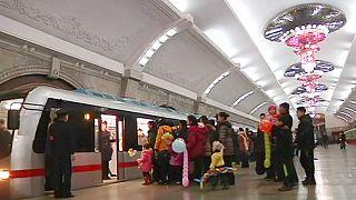 Pyongyang : un métro tout neuf pour les Nord-Coréens