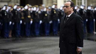 Hollande pays tribute to security forces on Charlie Hebdo anniversary