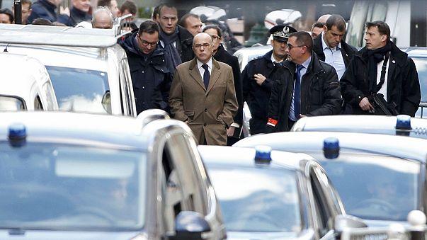 Франция. Личность напавшего на полицейский участок в Париже установлена