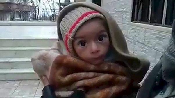Éhhalál fenyeget egy egész szíriai várost a kormányerők blokádja miatt