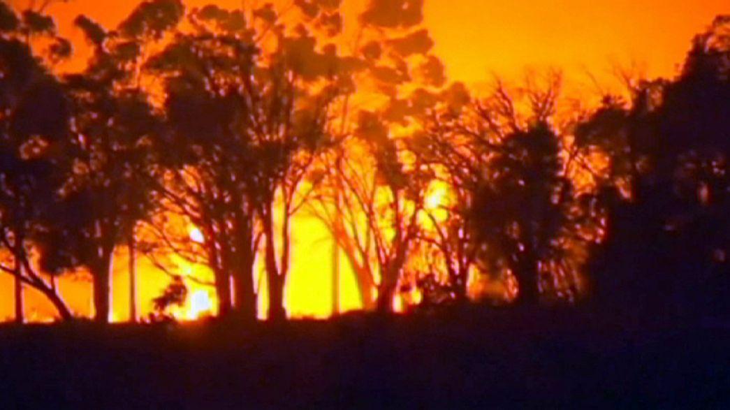 Buschbrände bedrohen Ortschaften in Westaustralien