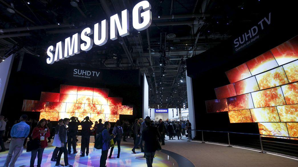 Samsung: su l'utile operativo nel quarto trimestre, ma per il 2016 più ombre che luci