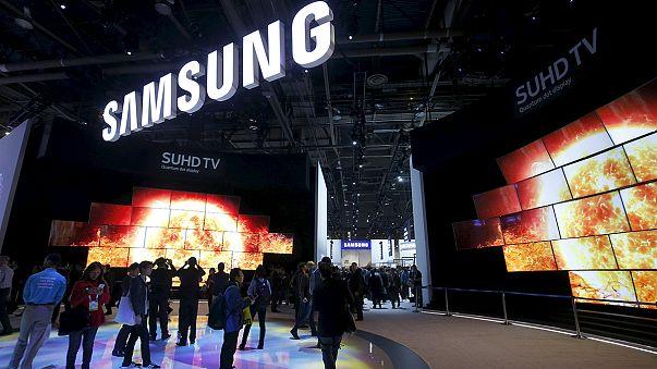 Samsung 2016'ya kârını artırarak girdi