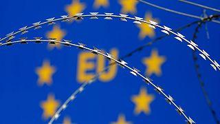 Les frontières se ferment progressivement en Europe