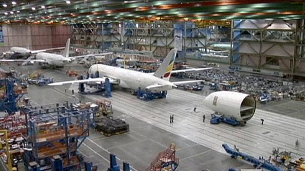 2015 بوينغ تسجل رقما قياسيا لعمليات تسليم الطائرات التجارية في