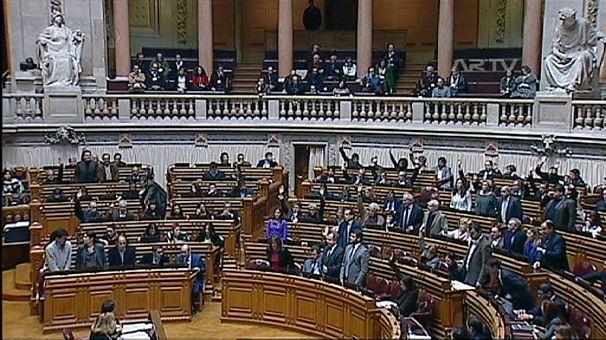 Portugal: AR aprova reposição de feriados