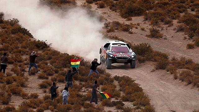 Dakar : Peterhansel double Loeb