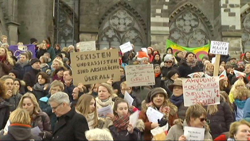 A Colonia, flash mob delle donne contro il sessismo e la violenza sessuale