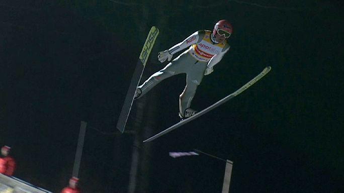 ألمانيا تتألق في كأس العالم للفرق في القفز على الثلج