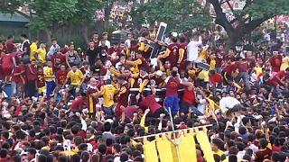 Давка на религиозной процессии в Маниле