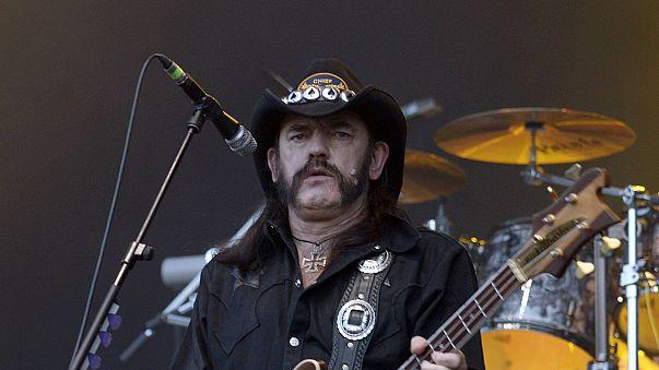 """Dernier hommage à """"Lemmy"""" lors de ses funérailles à Los Angeles"""