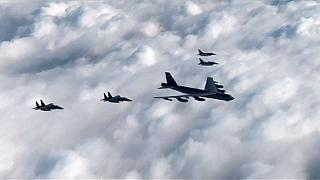 EE.UU. responde al último reto atómico de Pyonyang desplegando un bombardero con misiles nucleares