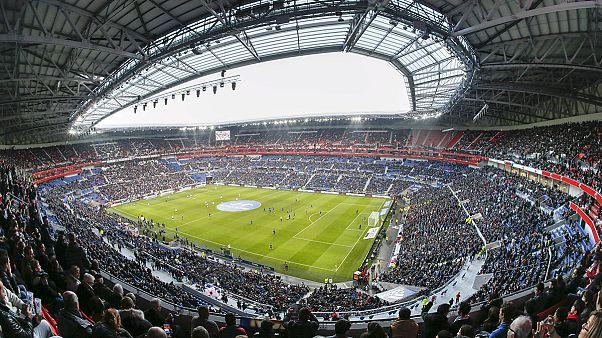 El Olympique de Lyon inaugura su estadio 5 estrellas