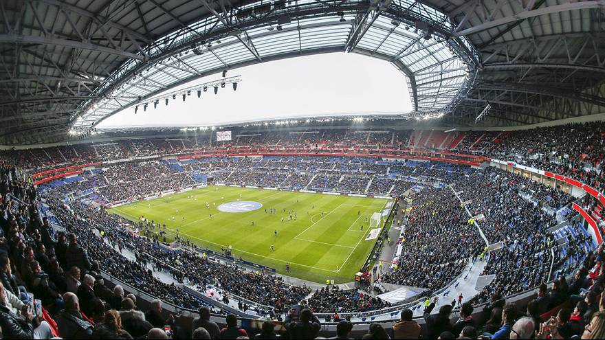 Lyon secures first win in new stadium