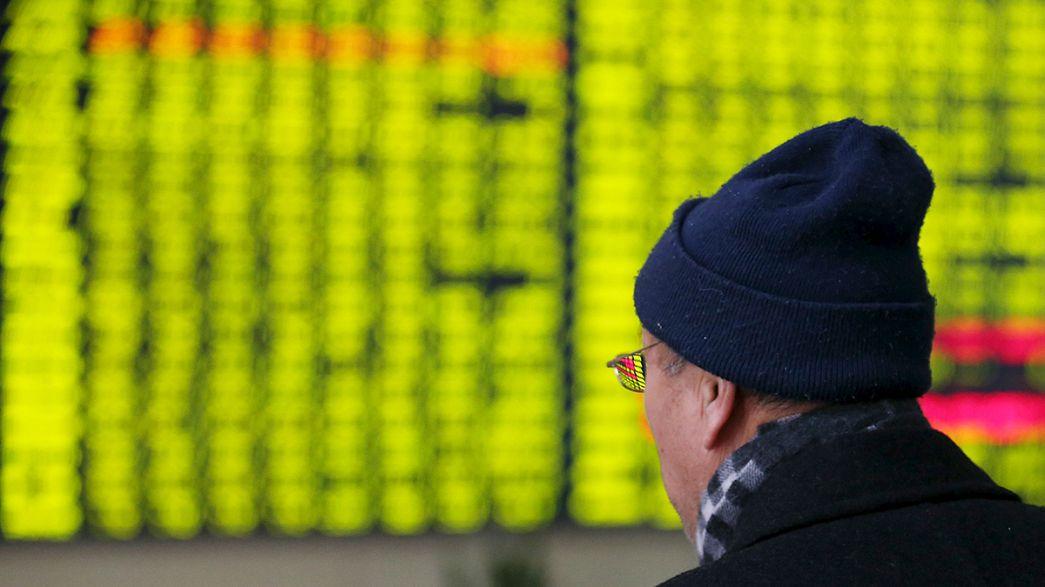 Las bolsas asiáticas en mínimos de cinco años, las europeas resisten