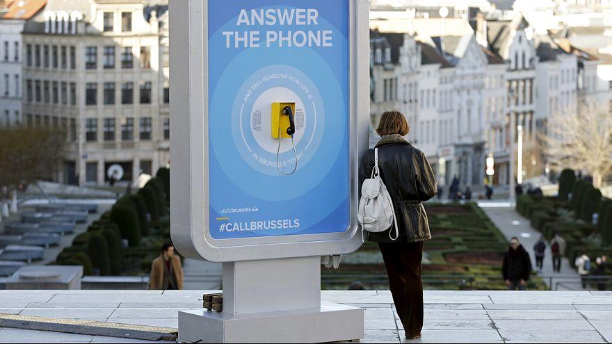 """Iniciativa """"Ligue para Bruxelas"""" ajuda a afastar clima de medo"""
