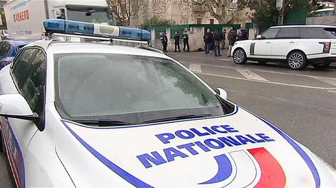 Antiszemita tinédzser késelt Franciaországban