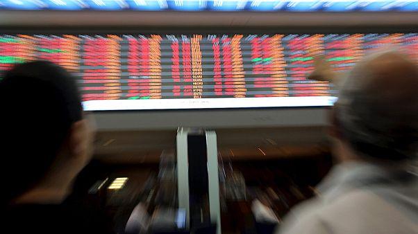 Borse europee, fallito il tentativo di rimbalzo. La Cina pesa sul greggio