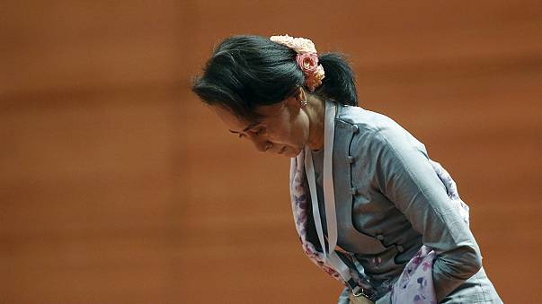 Aung San Suu Kyi promete esforço para unir Myanmar