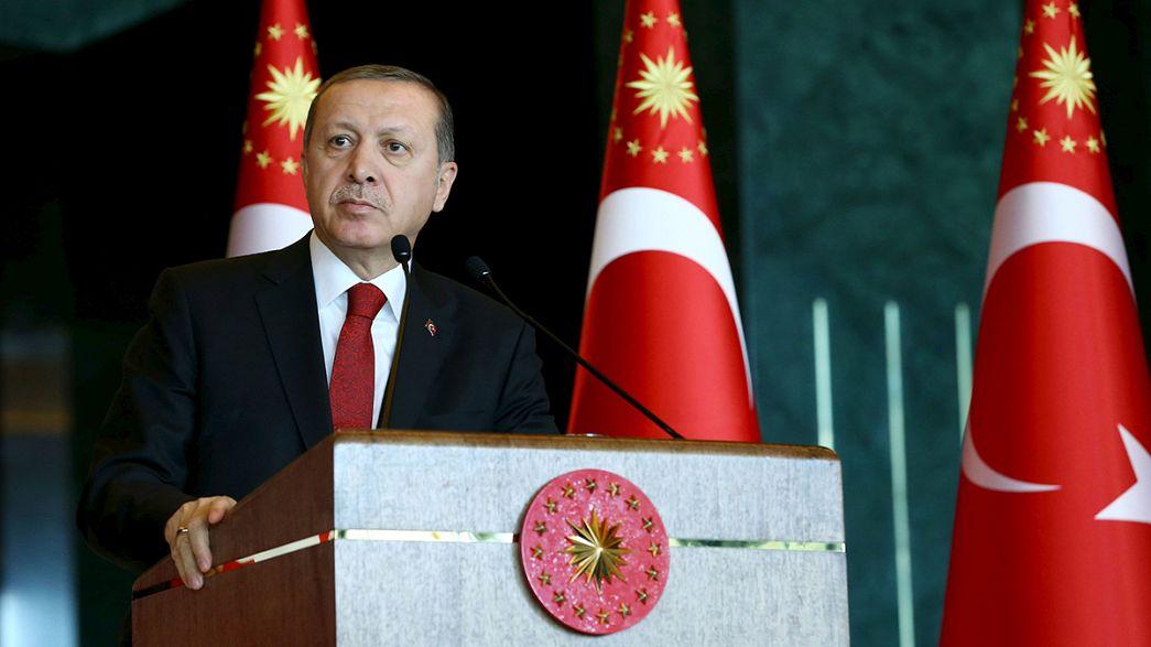 Turquia: Erdogan determinado a lutar contra terrorismo