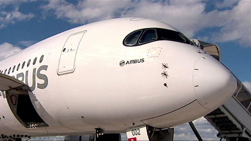Airbus supera a Boeing en encargos de aviones en 2015, pero no en entregas