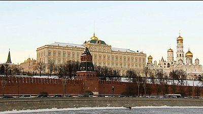 Ölpreisverfall: Russische Regierung schnallt den Gürtel enger