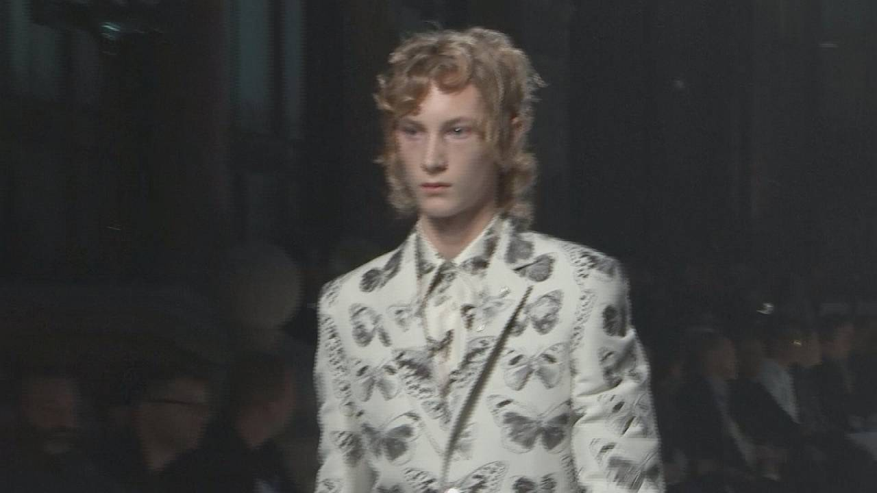 Homage to David Bowie at men's fashion week in London