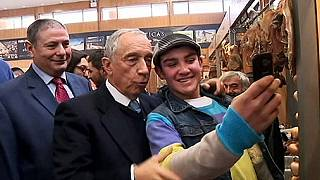 Portekiz'de 10 cumhurbaşkanı adayı kıyasıya yarışıyor