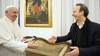 Roberto Benigni fait la promotion du livre du pape
