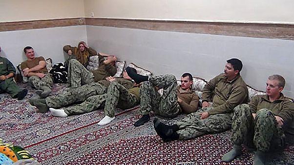 إيران تطلق سراح البحارة الأمريكيين