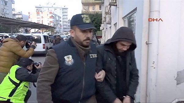 Turquia: Imagens do bombista suicida antes do atentado