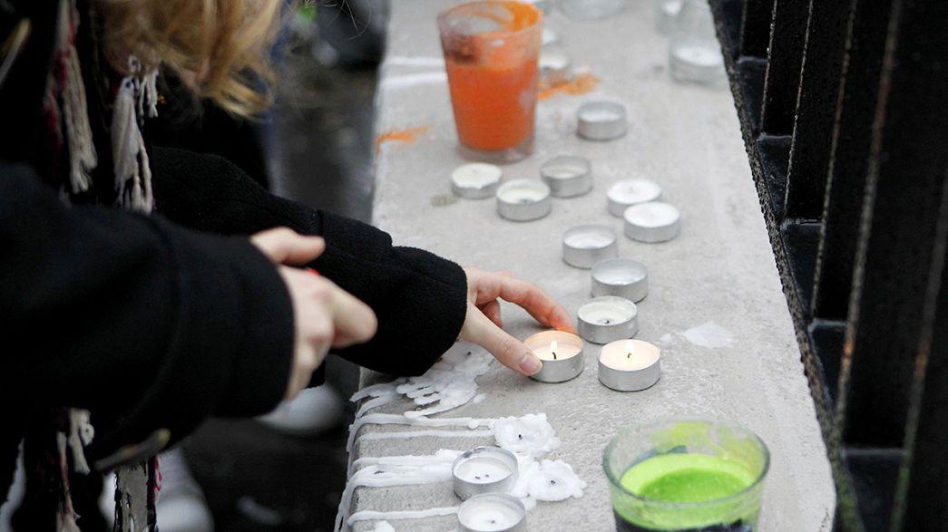 Francia: i compagni di scuola piangono le vittime della valanga