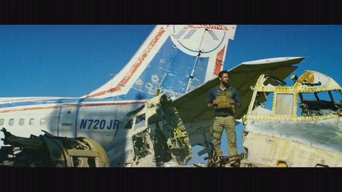 """مقتل السفيرالأمريكي كريستوفرستيفنز في فيلم """"ثلاث عشرة ساعة :الجنود السريون في بنغازي"""""""