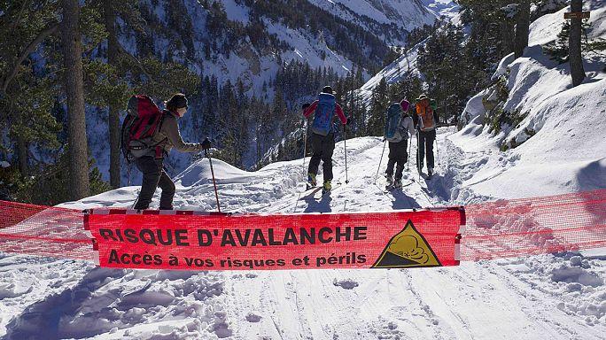 Francia lavinabaleset: őrizetben a kísérőtanár