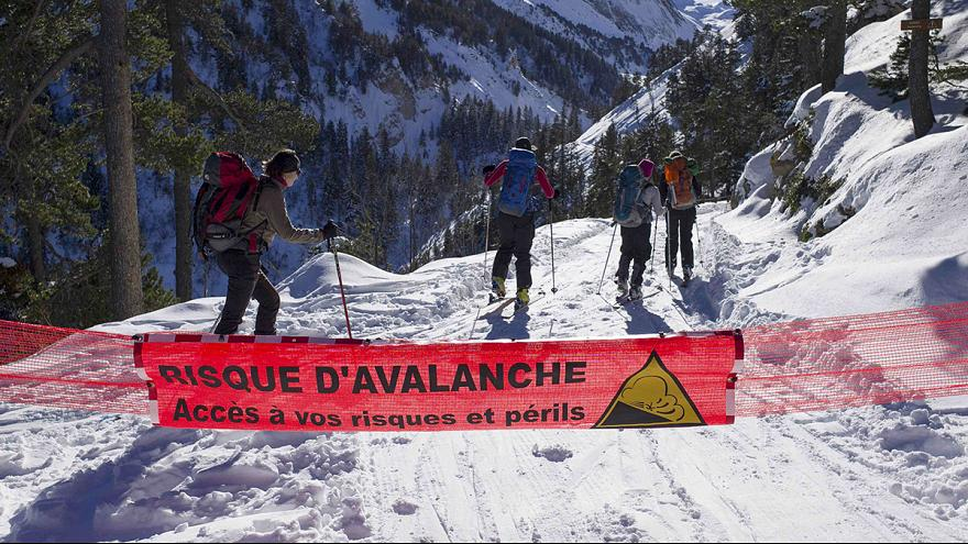 French Alps avalanche: teacher led class onto closed, black-rated ski track