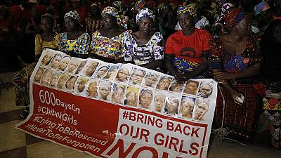 Les parents des filles de Chibok s'invitent chez le président