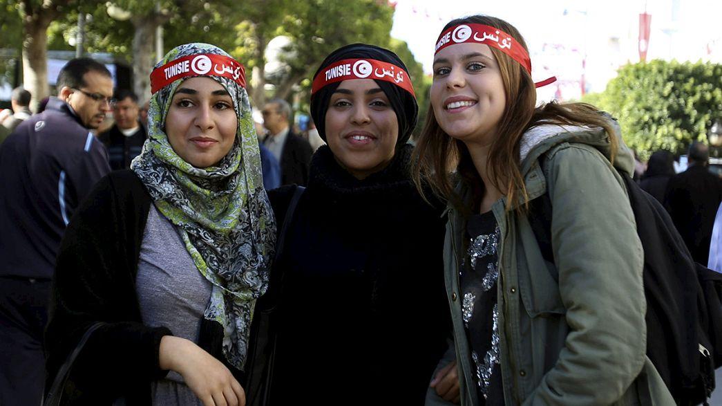 Tunisia: cinque anni dopo, entuasiasmo e delusione