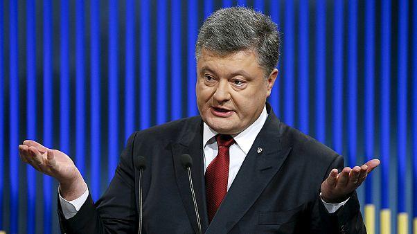 Ucrânia: Poroshenko quer recuperar leste e Crimeia em 2016