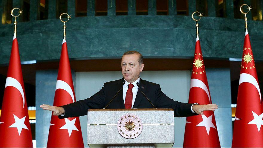 Egyetemi tanárokat tartóztattak le Törökországban