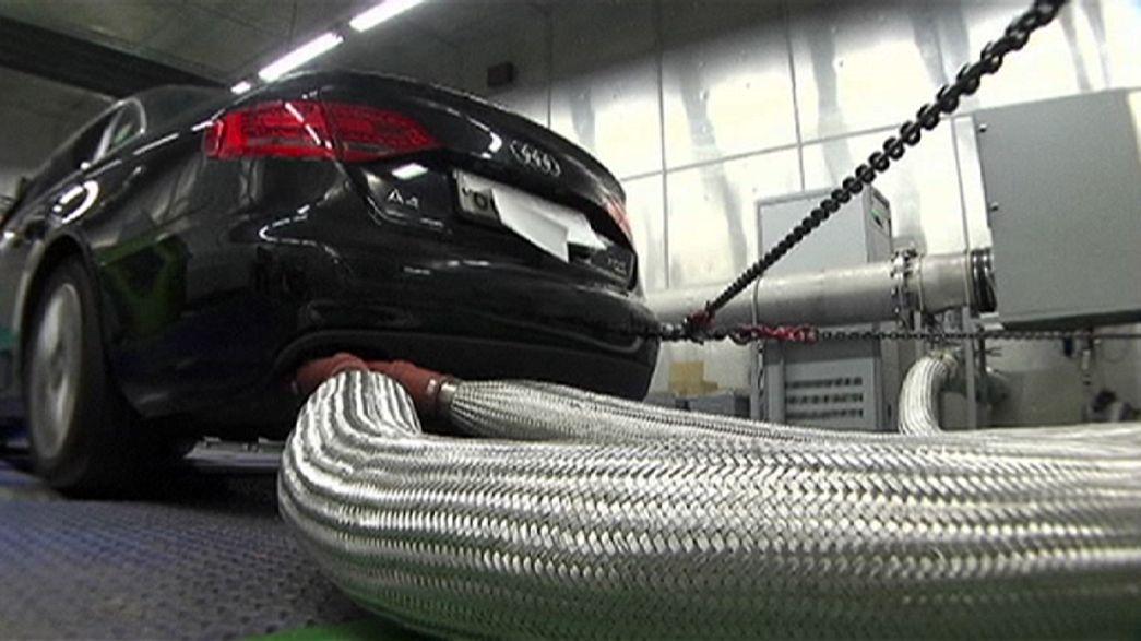 Volkswagen retrocede como líder automovilístico europeo, al bajar en 2015 del 25% de cuota