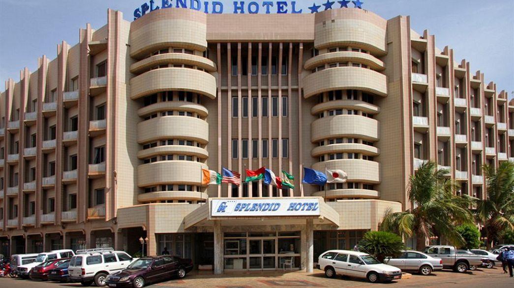 Prise d'otages dans un hôtel de Ouagadougou, assaut en cours